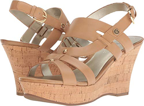 (GUESS Women's Studs Natural Leather 9.5 M US)