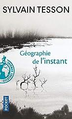 Sylvain Tesson est un étrange voyageur qui mêle les enseignements de la forêt au murmure des livres, un géographe du temps et du rêve intérieur. Ses carnets de bord sont les chapitres d'un roman d'aventures dont l'action se déroule dan...