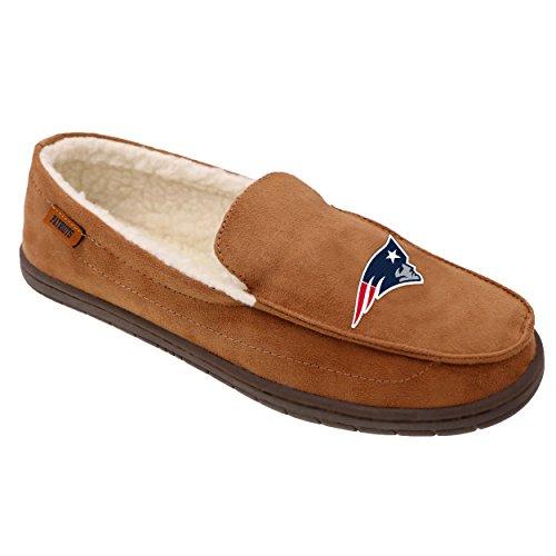 FOCO NFL New England Patriots Beige Team Logo Moccasin Slippers Shoe, Beige, X-Large (13-14) ()