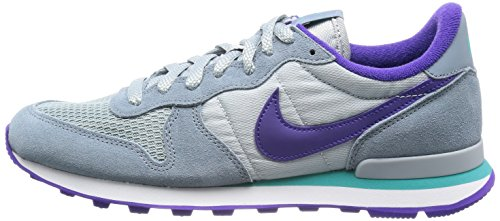the latest 7dc13 03ec6 Nike Women s Internationalist - Aviator Grey   Silver Wing-Hyper ...