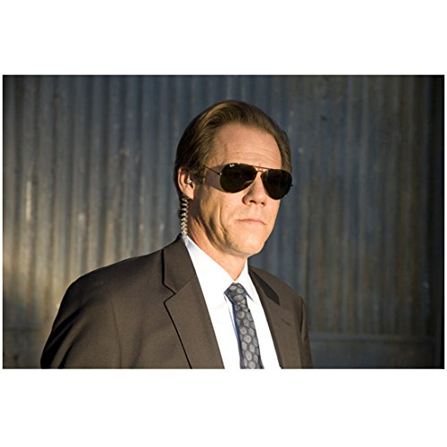 G-force Sunglasses - G-Force Jack Conley as Agent Trigstad in Sunglasses Suit and Earpiece 8 x 10 inch photo