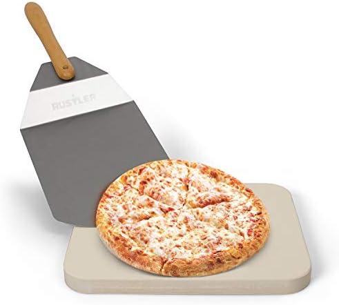 Rustler Pizzastein-/ Brotbackstein 38 x 30 cm + Pizzaschieber aus Edelstahl/Holz | für Pizza, Flammkuchen, frischem Brot, Brötchen, Quiches und Kuchen | für Backöfen, Holzkohle- und Gasgrills geeignet