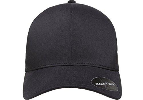 Amazon.com  Flexfit Men s Seamless Fitted Flexfit Delta Cap  Clothing 2994cafae82