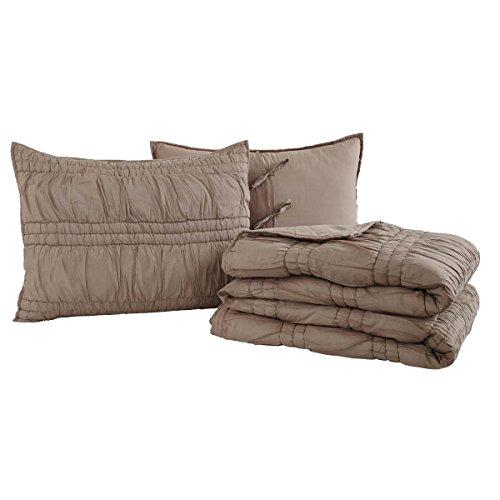 VHC Brands Farmhouse Bedding - Natasha Brown Quilt Set, Warm Taupe, Queen by VHC Brands
