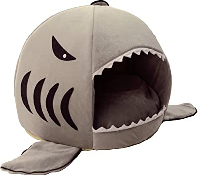 HotelPaw Shark Pet House with Removable Bed Cushion Mat for Dogs and Cats