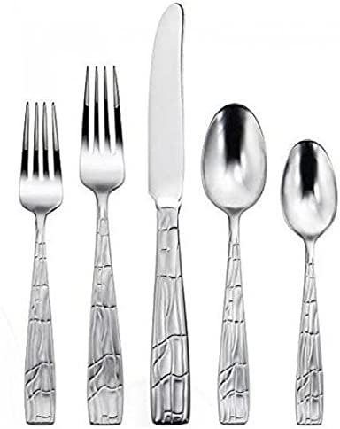 "Set of 2 TWO Oneida Dover GLOSSY Salad Dessert Forks 6 1//2/"" Stainless Flatware"