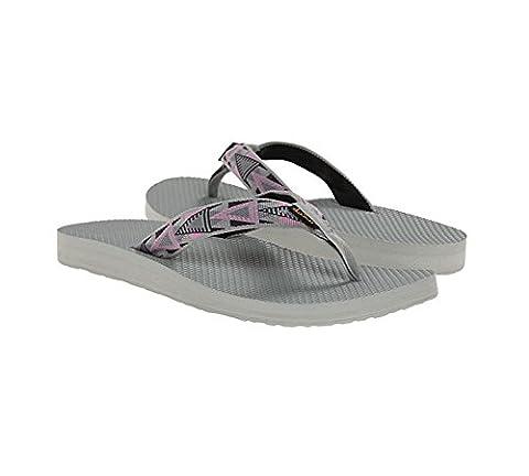 Teva Women's Classic Flip Flop, Mosaic Pink, 6 M US (Kid Teva Flip Flops)