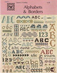 Alphabets & Borders (Folk-Heart Designs) ()