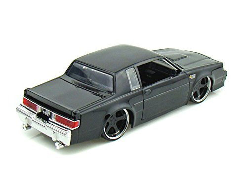 Jada Toys 1/24 Scale Big Time Kustoms 1987 Buick Grand National in Color Black