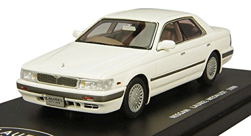 1/43 日産 ローレル メダリスト 1989年(ホワイトパール) L43049