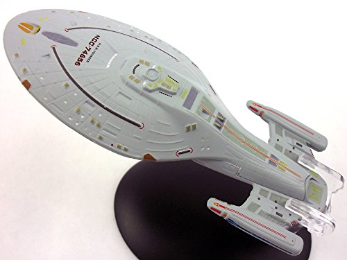 Captains Line Model Ships (Star Trek USS Voyager NCC-74656 Model and Magazine)