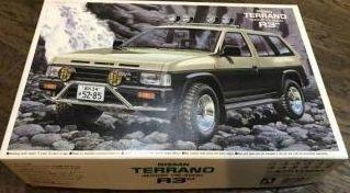アオシマ 1/24 日産 テラノ 4ドア V6-3000 R3M アーバン カスタム 4WD シリーズ No.21