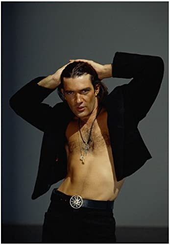 Antonio Banderas As El Mariachi From Desperado Looking Hot With Open Shirt And Hair Pulled Back 8 X 10 Photo At Amazon S Entertainment Collectibles Store
