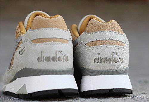 """Diadora - DIADORA V7000 Premium """"Light Gray"""" Beige"""