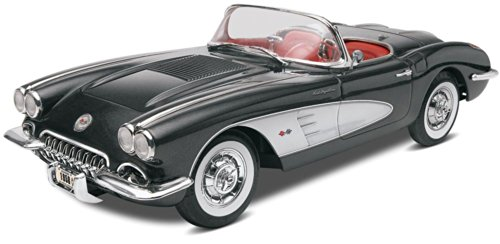 Corvette Monogram (Revell/Monogram '58 Corvette Roadster Plastic Model Kit (1/25 Scale))