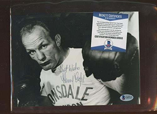 Autographed Henry Cooper Photograph - Boxer 8 X 10 Beckett Cert - Autographed Boxing Photos