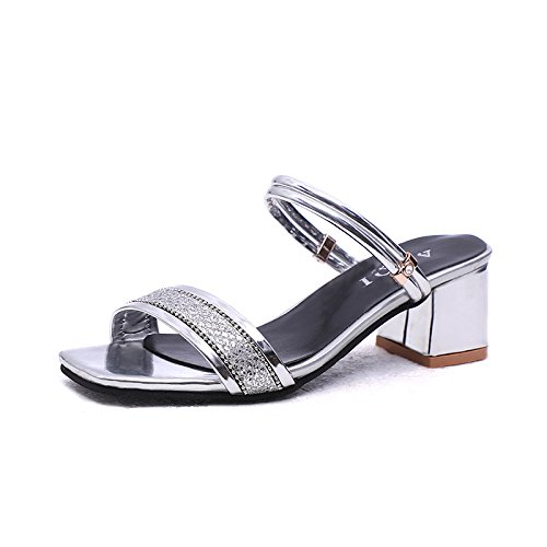 due di sandali Thirty Una di scarpa indossando una donna eight Unx1EqHw