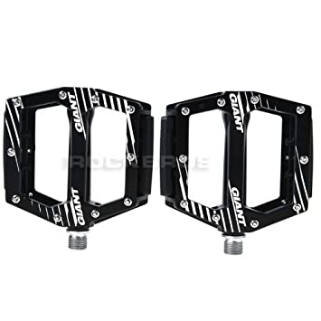 dd25e7e1e41 Giant Original MTB Pedals Core WHITE Flat Mountain Bike Pedals