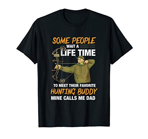 Dad Bow Hunting - Great Hunter T-Shirt For Son Or Daughter (Best Bait For Grey Squirrels)