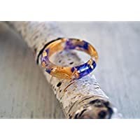 Eco Resin Ring with blue larkspur, autumn leaves and gold flakes. Cocktail Resin Ring.