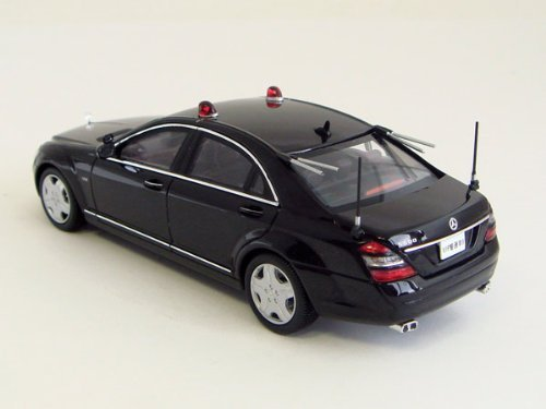 Hikoseven RAI's 1/43 Mercedes-Benz S600 Long VIP Guard Vehicle finished product