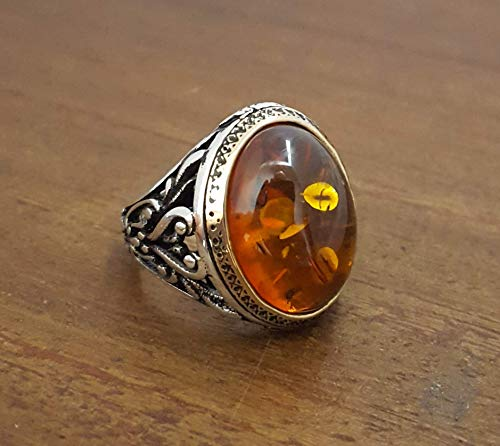 (Beautiful Handcrafted 925K Sterling Silver Mens Ring With Synthetic Baltic Amber Stone )