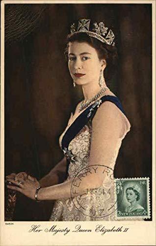 Her Majesty Queen Elizabeth II Royalty Original Vintage Postcard 1954