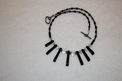 Graduated Onyx & Crystal Necklace (Graduated Onyx)