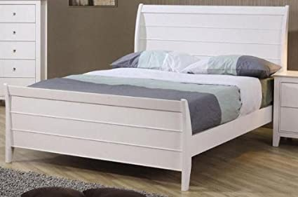 on sale a01a0 dae8e Twin Size Sleigh Bed Cape Cod Style in White Finish