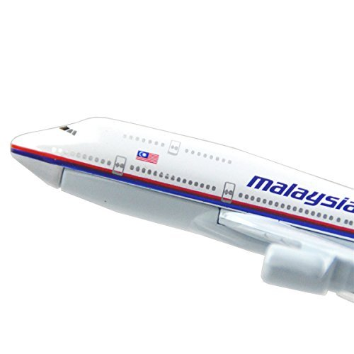 24-hours-malaysia-airlines-boeing-747-alloy-flying-model