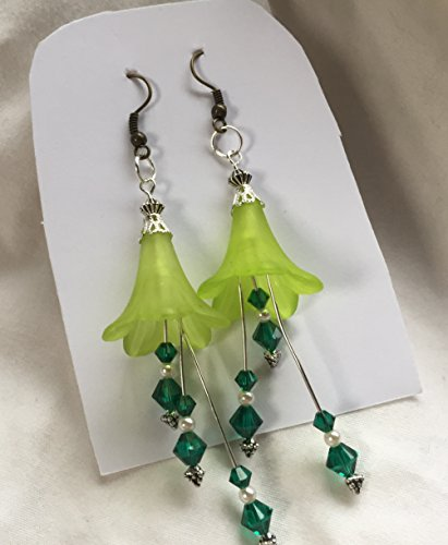 (Light Green Flower Dark Green Crystals and Vintage Pearl Earrings)