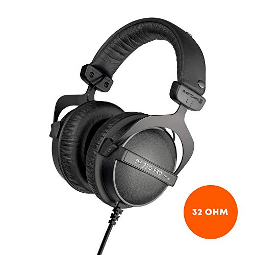 beyerdynamic DT 770 PRO 32 Ohm Over-Ear Studio Headphones in Black. Enclosed Design, Wired for Professional Sound in The Studio and on Mobile Devices Such as Tablets and Smartphones