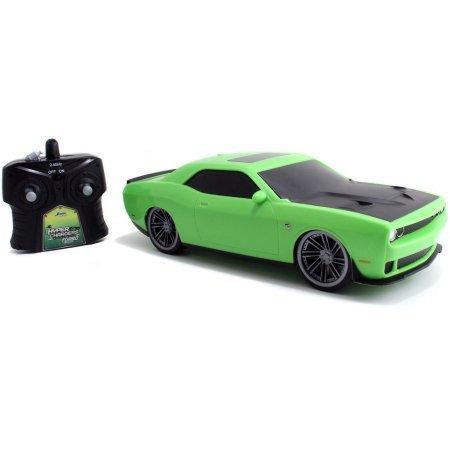 hyper-charger-r-c-2015-dodge-challenger-green