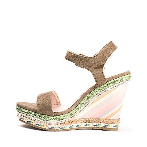 Ideal Shoes sandali