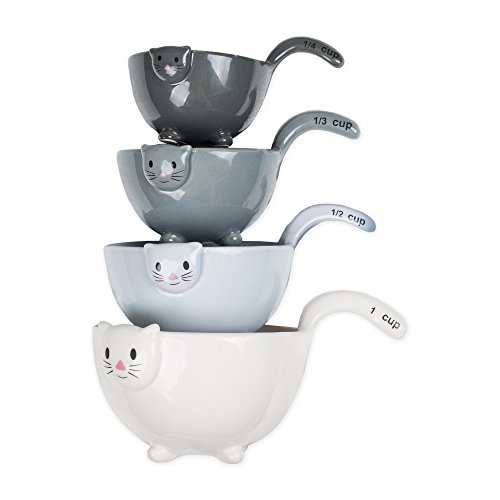 Baking will never be boring with these utterly cute nesting measuring cups complete with happy littl