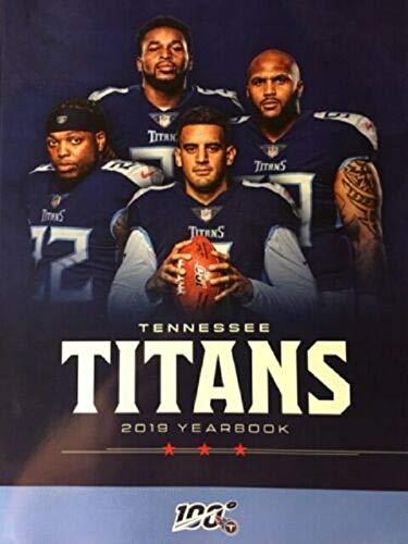New Titans Uniforms 2020.Amazon Com Football 2019 Tennessee Titans Yearbook Program