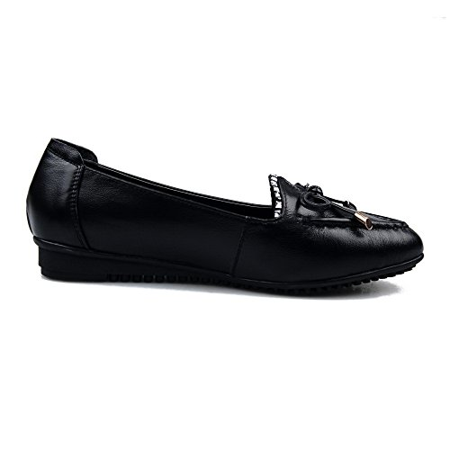 AllhqFashion Womens Closed Pointed Toe Cow Leather Low Heels Solid Pumps with Bows and Ruched Black IFbxE