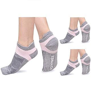 JOYNÉE Non-Slip Yoga Socks for Women with Grips,Ideal for Pilates,Barre,Dance,Hospital,Fitness 3 Pairs,Sock Size 9-11,Grey1