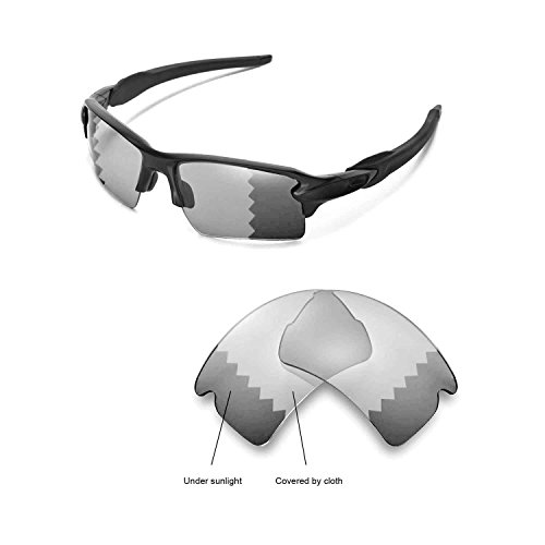 Walleva Replacement Lenses for Oakley Flak 2.0 XL Sunglasses - Multiple Options Available (Transition/photochromic - Polarized)