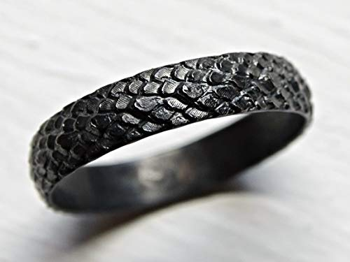 Dragon Scale Ring Silver Feather Ring Medieval Wedding Band Black Silver Pagan Wedding Ring Snake Skin Ring Black Silver Dragon Ring