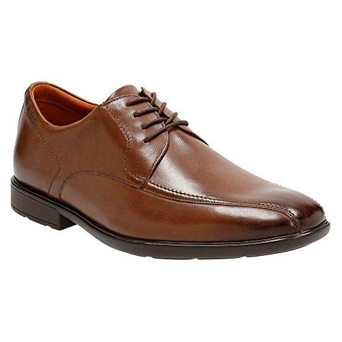 Clarks Gosworth a lo largo del hombre Oxfords zapatos Cuero nogal