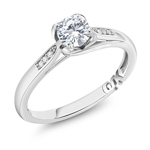 10K White Gold 0.54 Ct Round and Created Moissanite and Diamond Engagement Ring (Ring Size 6) (Diamonds Moissanite)