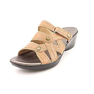 Clarks Women's Clarks Ella Fusion Sandal,Beige,5.5 M US