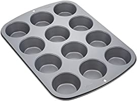 Wilton 2105-954  Molde p/cupcakes con 12 cavidades 7.5x3.5 cm