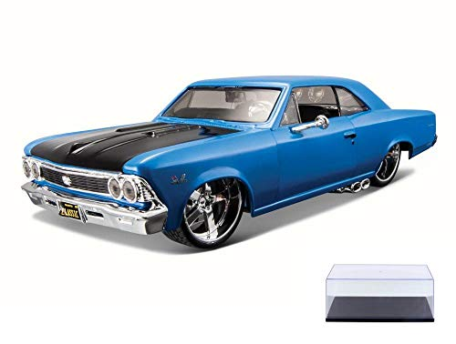 Diecast Car & Display Case Package - 1966 Chevy Chevelle SS 396, Blue - Maisto 31333 - 1/24 Scale Diecast Model Toy Car w/Display Case