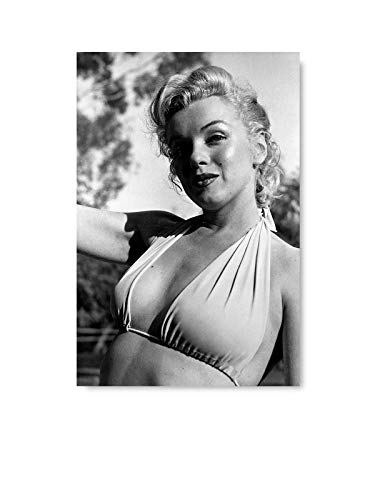 Christmas Sweater for women Marilyn Monroe Poster Wall Decor Young Monroe Poster Print Black and White Marilyn Monroe Gifts 8