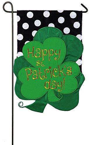 Day Flags Patricks St (Evergreen St. Patrick's Day Bouquet Applique Garden Flag, 12.5 x 18)