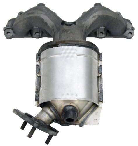 Honda Civic Universal Catalytic Converter - Walker 82444 CalCat OBDII Manifold Converter