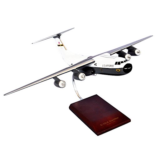 Mastercraft Collection Lockheed C-141A Starlifter Model Scale:1/100