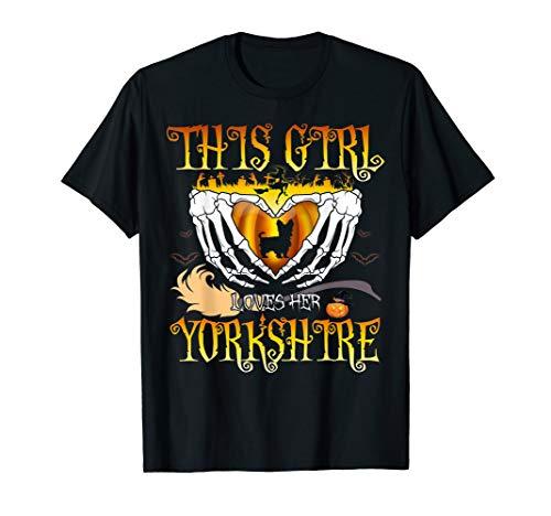 Dog Yorkshire Halloween T-shirt Gift]()